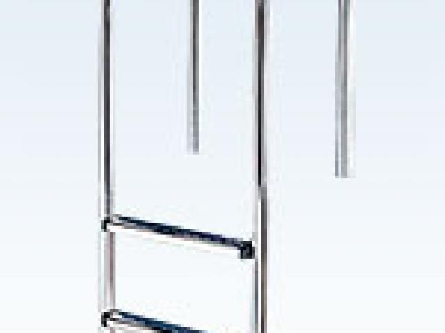 Лестницы для бассейна из усиленных сплавов