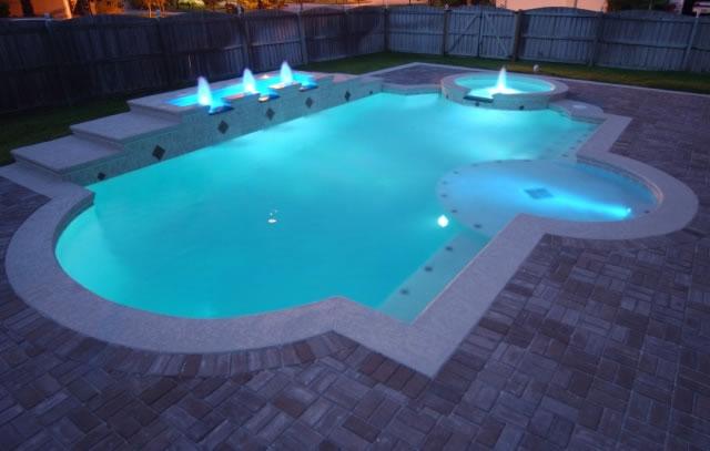 Как сделать подсветку в бассейне